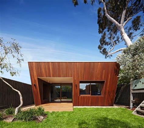 trapezoid shaped house