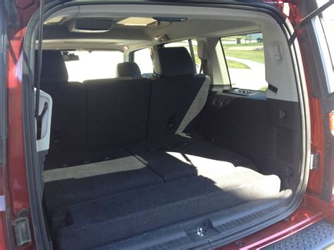 Does 2015 Jeep Cherokee Limited Have Third Row Seating