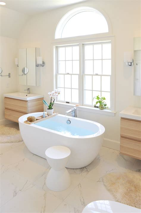 Bathroom Renovation Island 22 Free Standing Oval Bath Tubs In The Bathroom Home