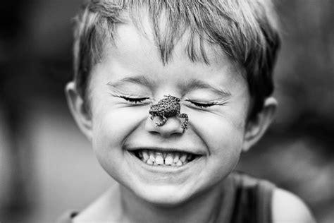 fotos en blanco y negro niños tiernas fotos de ni 241 os en blanco y negro easyprint blog