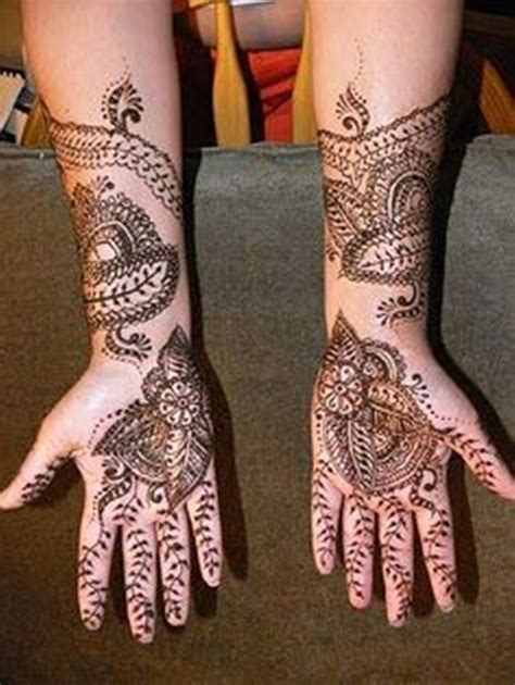 indian mehndi designs for new year parties 001 life n
