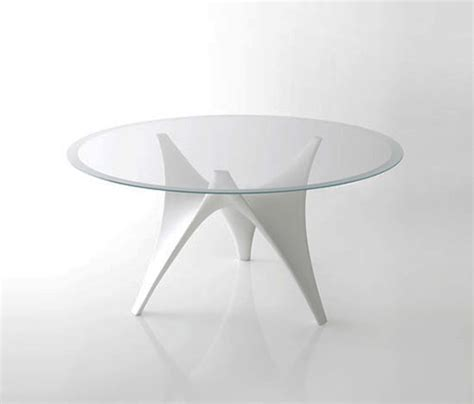Modern round glass dining table by molteni arc