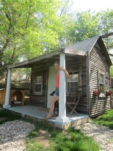 Where To Rent A Cabin Relaxshacks Francis Tiny House Cabin For