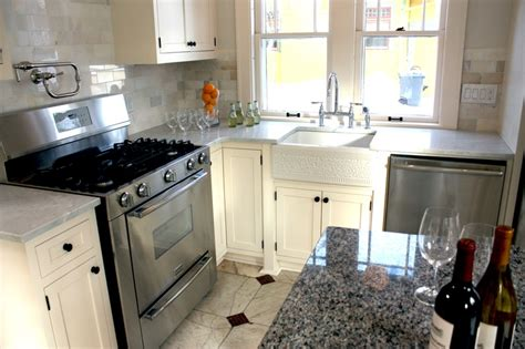 nicole curtis kitchen design 17 best images about minnehaha season 1 on pinterest nicole curtis glamour photo shoot and