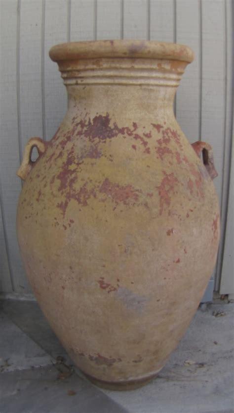 large vintage terra cotta garden pot urn side handles 44