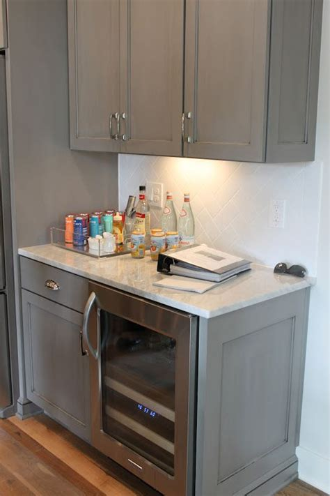 gel stain kitchen cabinets grey gray kitchen cabinets gel stain avail in gray i think