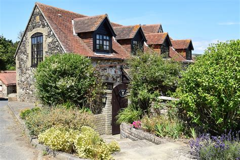 2 the granary brighstone isle of wight west wight cottages