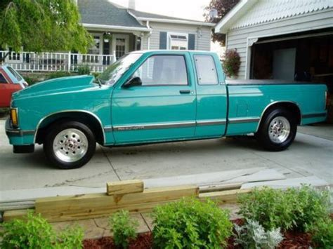 car maintenance manuals 1992 gmc sonoma transmission control sell used 92 gmc sonoma s15 s10 quot custom quot loaded nice l k in allenton michigan