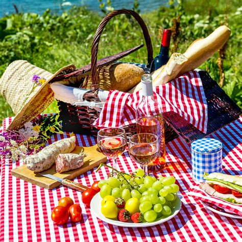 picnic basket ideas 5 ideas for a picnic in central park