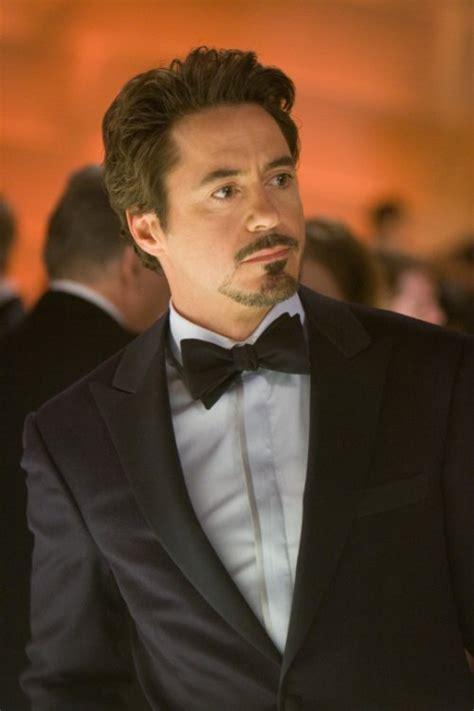 robert downey jr as tony stark jon favreau comic con interview iron man collider