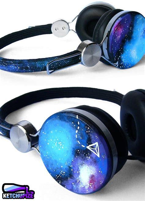Headset Galaxy earphones headphones galaxy print girly lovely