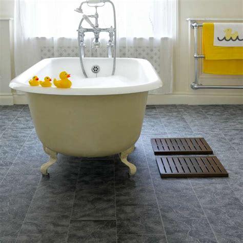 vinyl floor covering bathroom steps to install vinyl floor covering in bathroom stepsto