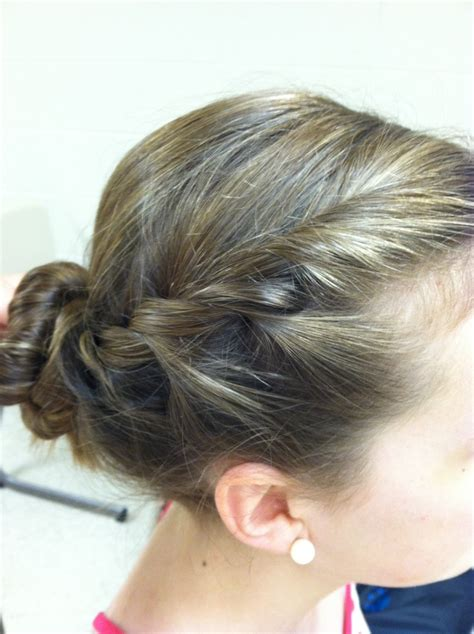 a and easy way to do your hair hair hair hair