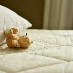 pipi a letto a 9 anni pip 236 a letto anche tra i 5 e i 14 anni niente vergogna