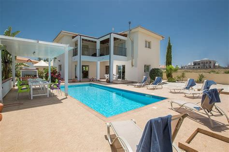 protaras appartments villa to rent in central protaras cyprus with private