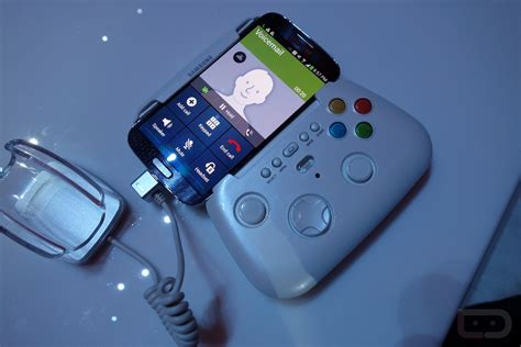 samsung bluetooth gamepad look at samsung s bluetooth gaming controller droid