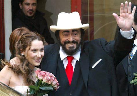 nicoletta mantovani biografia pavarotti restaurant museum opens for expo