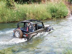 Jeep In Water Rubicon4wheeler Jeep Wrangler Water Fording