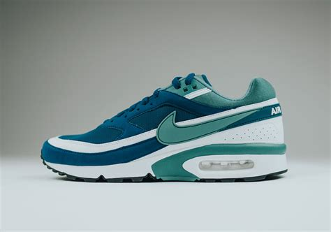 Nike Airmax Blue Green nike air max bw marina blue green jade retro sneakernews