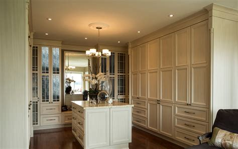 Traditional master ensuite traditional closet ottawa