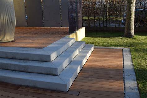 Holzterrasse Mit überdachung by Holz Sichtschutz Garten Openbm Info