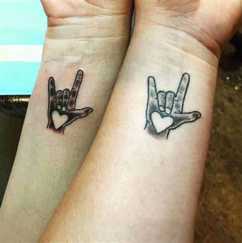 imagenes de tatuajes de i love you 50 tatouages qui lient 224 jamais ces mamans 224 leur fille