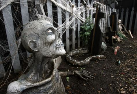 heart of darkness haunted house local haunts gear up to scare the socks off the cedar valley lifestyles wcfcourier com