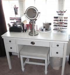 Portable Vanity Table Portable Makeup Vanity With Mirror And Leather Cushioned Bench Or White Table Decofurnish