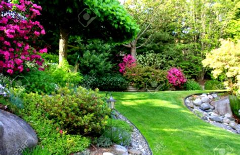 front yard landscaping ideas with circular driveway the garden beautiful a slope label landscape
