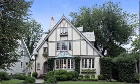 exterior paint colors for tudor style homes 1000 images about tudor house exterior colors on