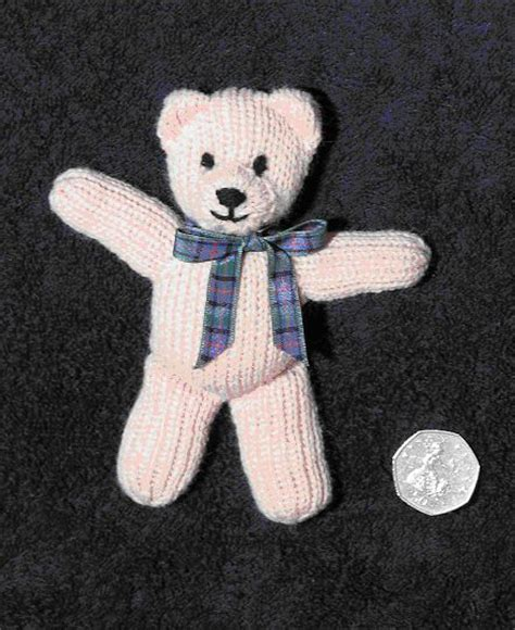 free patterns for knitted teddy bears 1000 ideas about teddy patterns on