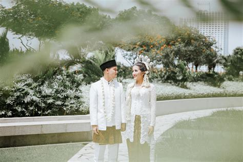 Wedding Jakarta by Fairmont Jakarta Wedding Dissa Rizal Antijitters Photo