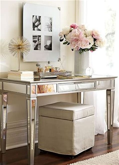Mirrored Vanity Desk by 25 Best Ideas About Mirrored Vanity On