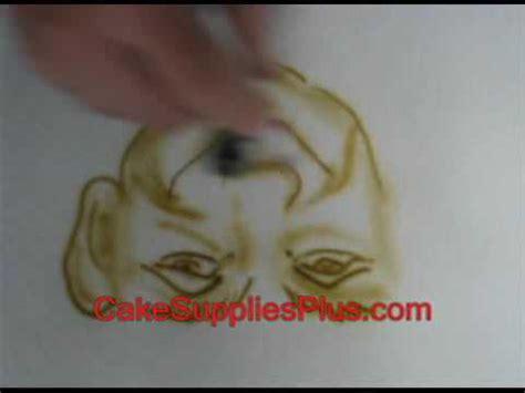 cake decorating airbrush using aztek airbrush