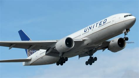 pictures of planes the best of hd plane spotting at ewr the diversity of