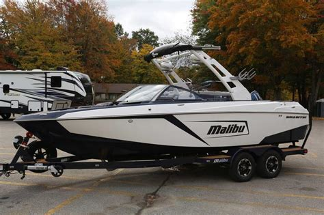 malibu boats detroit 2019 malibu boats 23 lsv for sale in waterford michigan