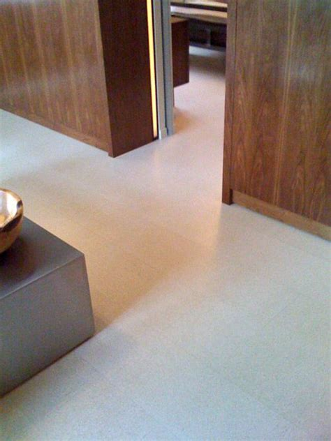picture of luxurious white cork floor tiles
