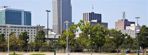 lincoln to omaha shuttle omaha airport transportation go airport shuttle