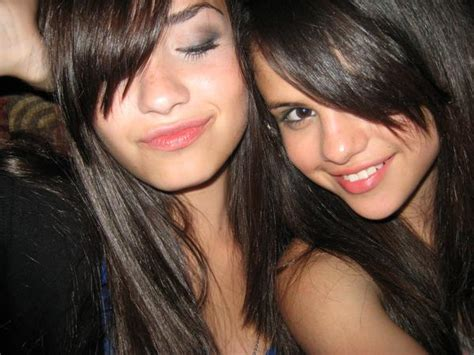 selena gomez and demi lovato best friends forever 301 moved permanently