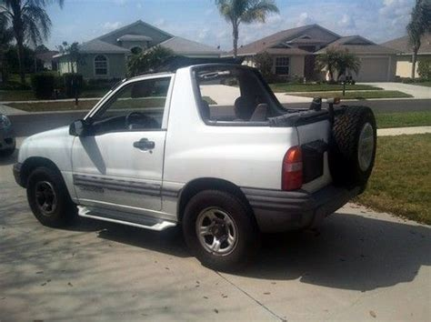 find used 1999 chevrolet tracker base sport utility 2 door 2 0l 5 speed manual shift a c in