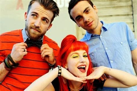 Kaos Band Paramore Merchendise Official 17 ch ch ch changes to the line up of bands past and present
