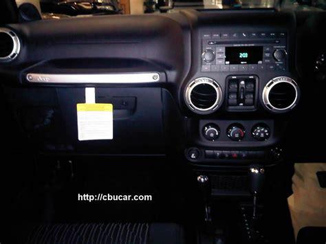 Jeep Wrangler 1 43 Hitam jeep wrangler rubicon unlimited pusat mobil cbu