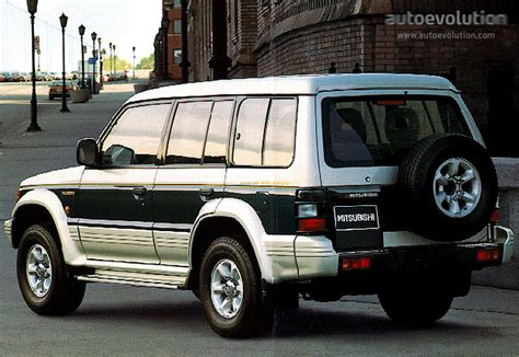 how cars engines work 1992 mitsubishi precis interior lighting mitsubishi pajero 5 doors specs photos 1992 1993 1994 1995 1996 1997 autoevolution