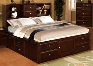 decorate a small bedroom the roomplace