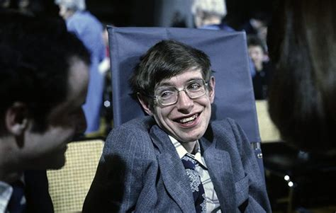 stephen william hawking facts 10 facts about stephen hawking national geographic kids