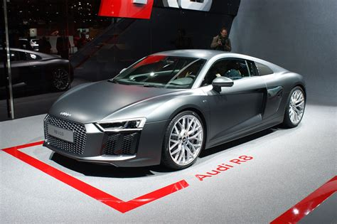 Audi äger Lamborghini by A Guided Tour Of The Audi R8 With Quattro Boss Heinz