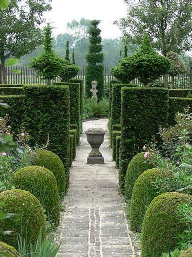 hodnet hall gardens flip picasa web albums 817 best topiary and chia pets images on pinterest
