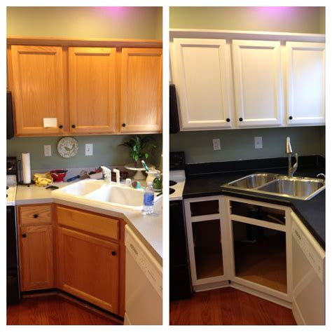 Oak Kitchen Cabinets Painted White by Diy Painted Builder Grade Oak Cabinets White Used
