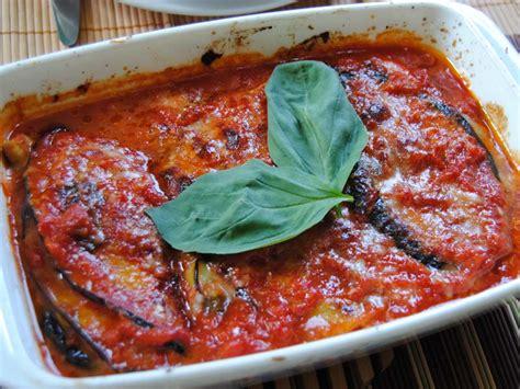 cucina melanzane alla parmigiana melanzane alla parmigiana ricetta e curiosit 224