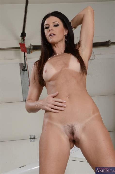 India Summer Got Fucked Until She Came Milf Fox